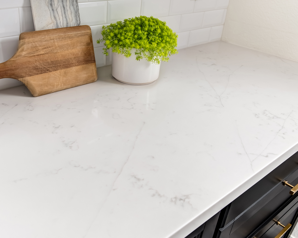 Della Terra Quartz For Residential Pro