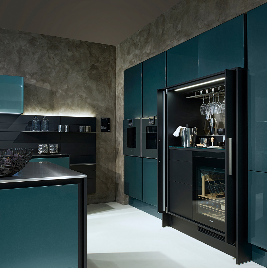 Lacquer Cabinets For Residential Pros