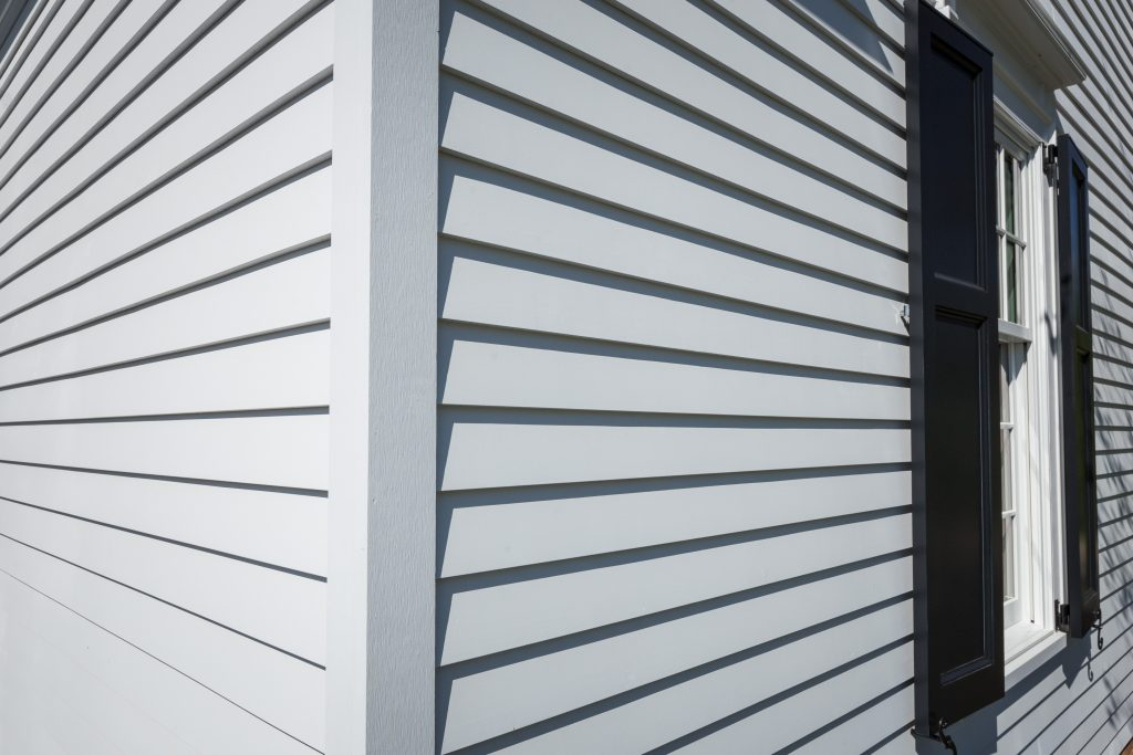 Two Sizes Of Bevel Siding For Residential Pros