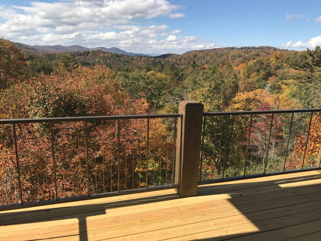 Cable rail with balusters in 12 standard colors | Remodeling