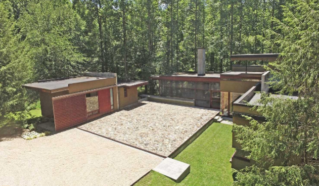 Notable House by Mack Scogin Merrill Elam Architects Is For Sale