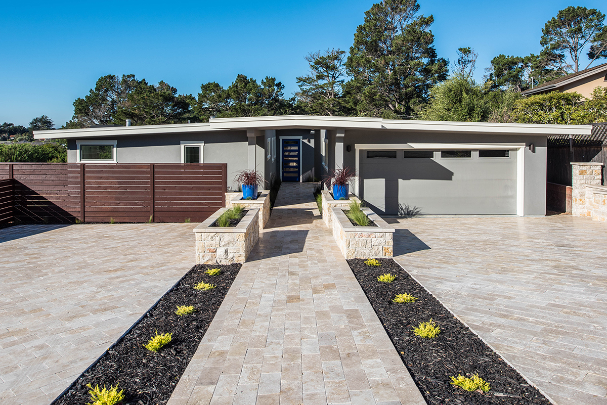 Mid-Century Modern Ages Gracefully