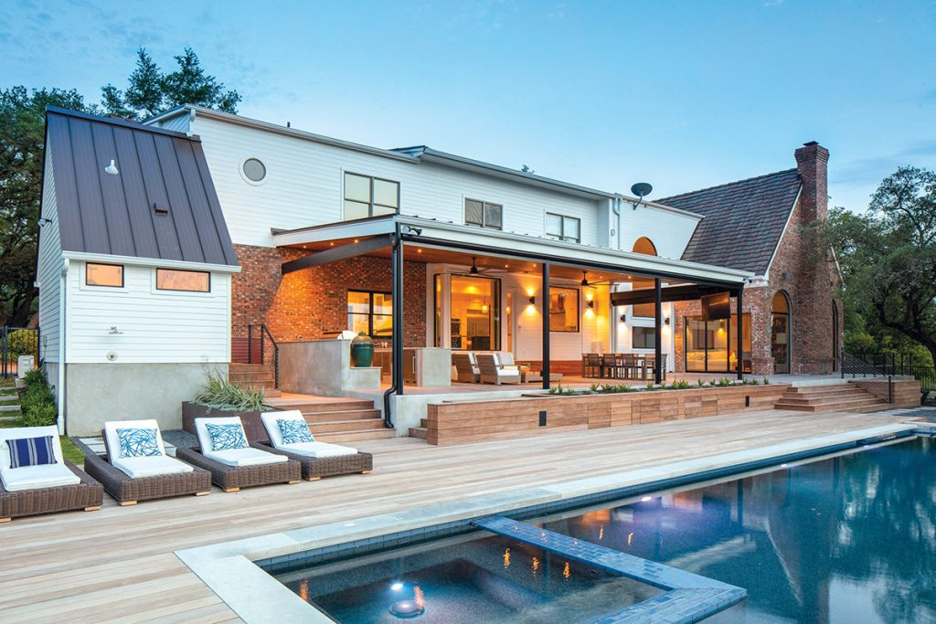 Outdoor Living: Cooking Up the Kitchen