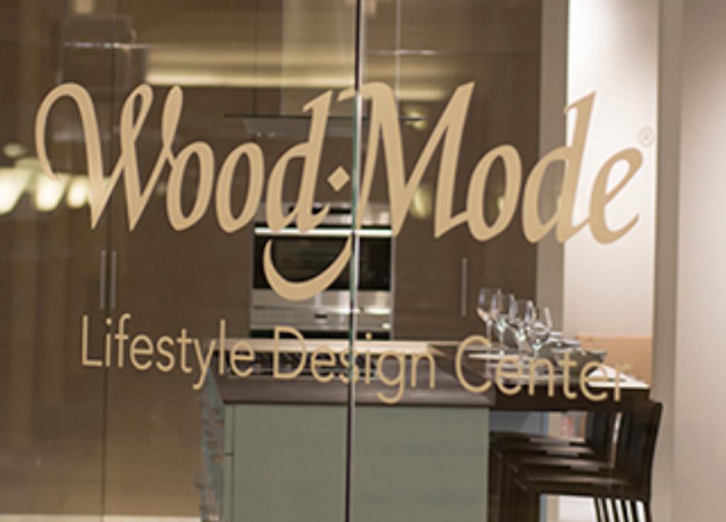 Wood-Mode Abruptly Closes Doors