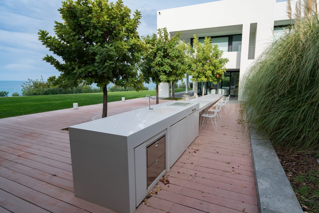 Sintered Stone Outdoor Kitchen