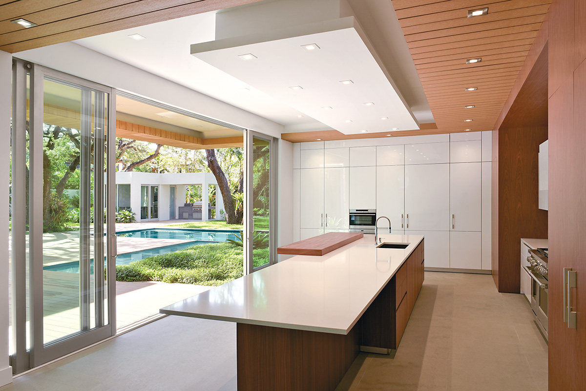 KHaydenODP_South-Miami-Residence_InteriorKitchen2Patio