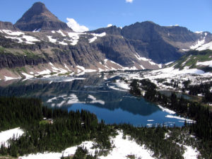 Glacier_National_Park_Hidden_Lake_overview_20060703