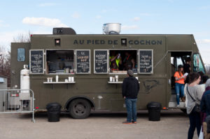20150501-Au-Pied-de-Cochon-truck