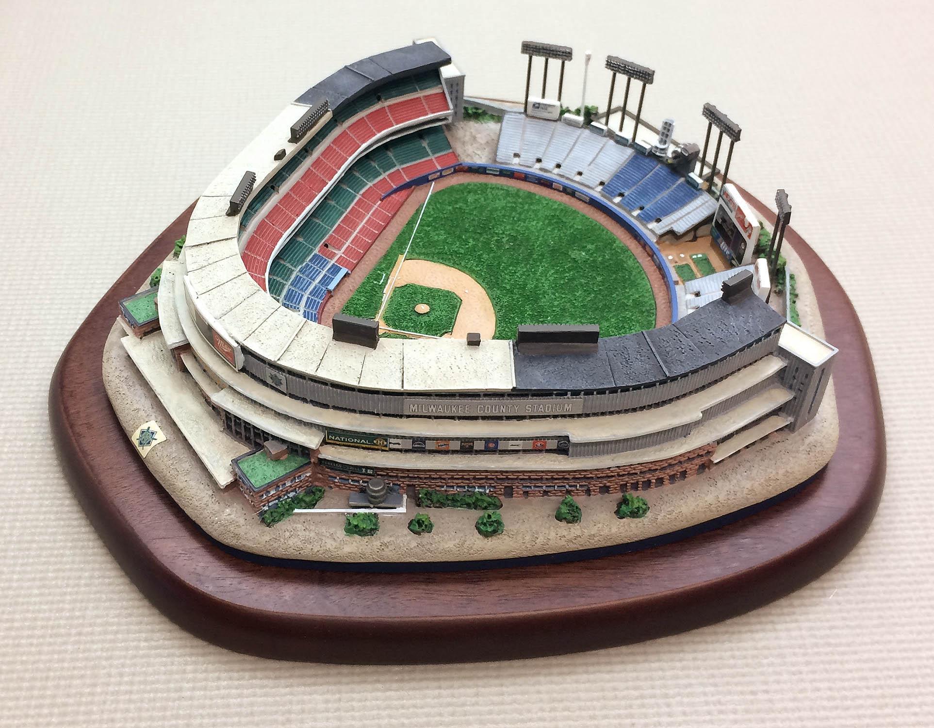 differently d61cd eb572 Milwaukee County Stadium Replica