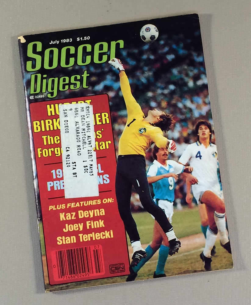 Soccer Digest July 1983