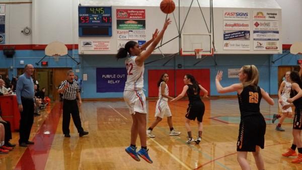 Girls Varsity Basketball beats Forest Hills Northern 42 – 34