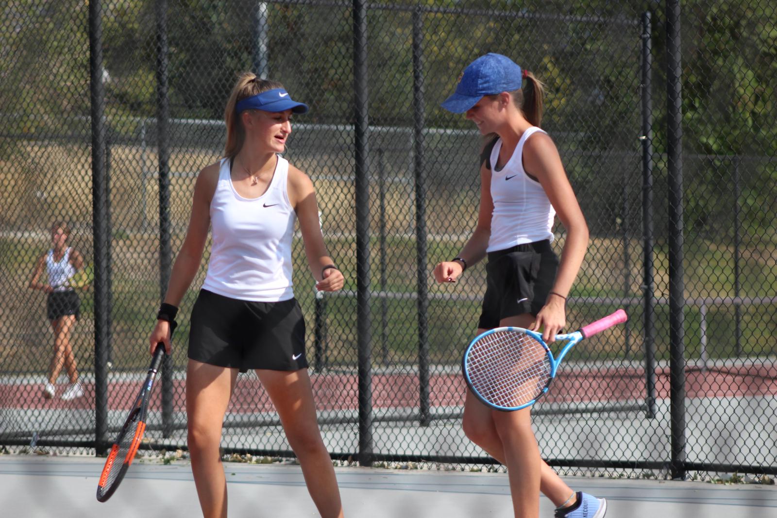 Girl's Tennis vs  Jordan