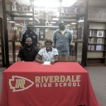Curtis Riggins signs with Georgetown College KY