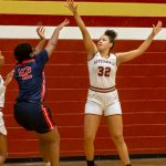 Riverdale girls, boys take out Oakland in key district games
