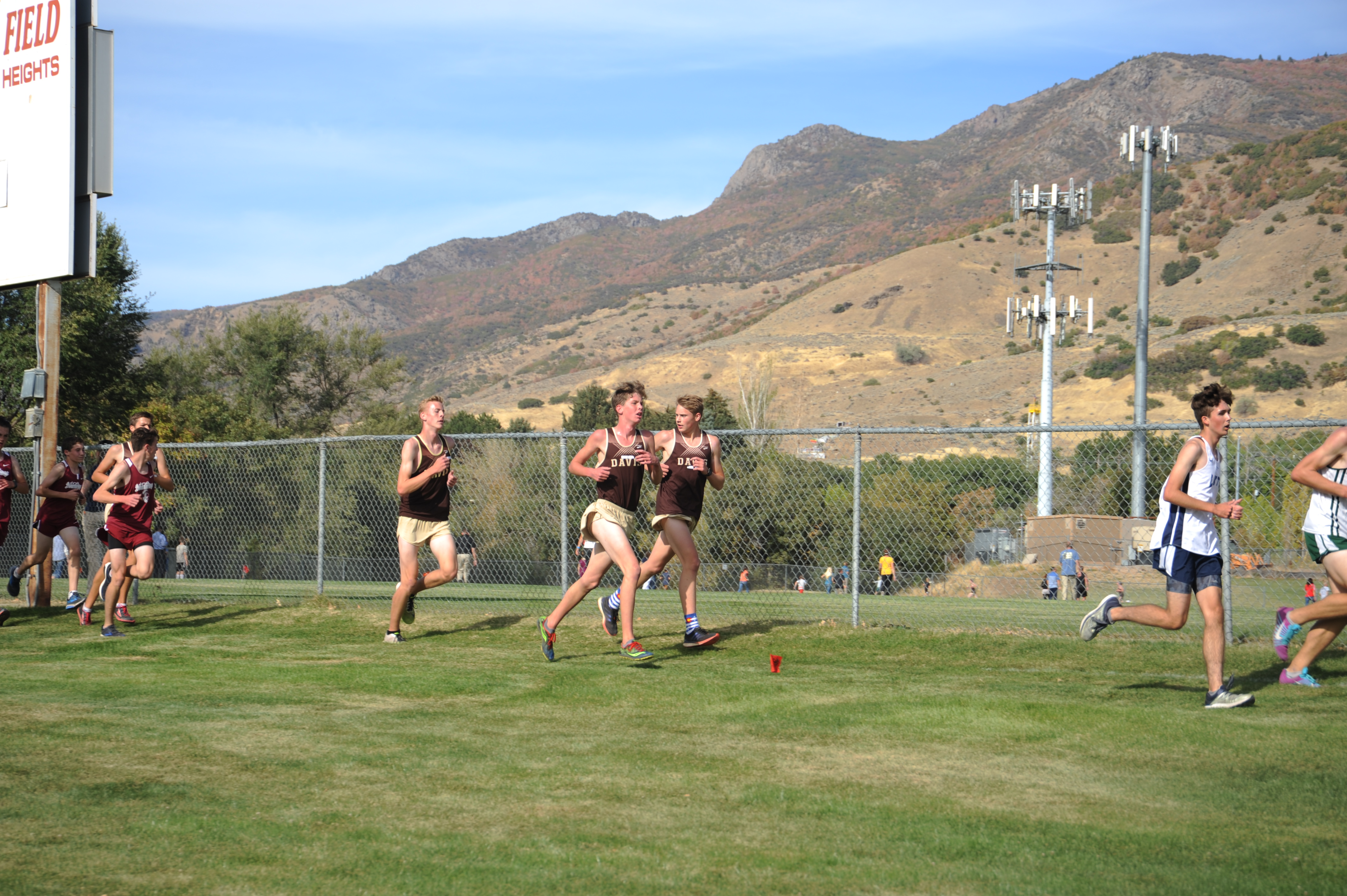 Boys and Girls Cross Country Defend Region 1 titles