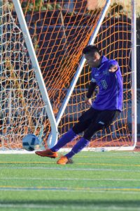 Varsity Boys Soccer v. Santa Clara – Photos courtesy of El Estoque