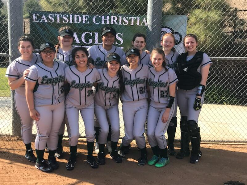 Lady Eagles Softball improve to 9-2!