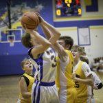 7th Grade Boys Basketball Narrowly Falls to Old Fort