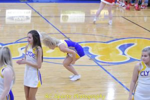 Girls Varsity Cheer vs Bellevue pics