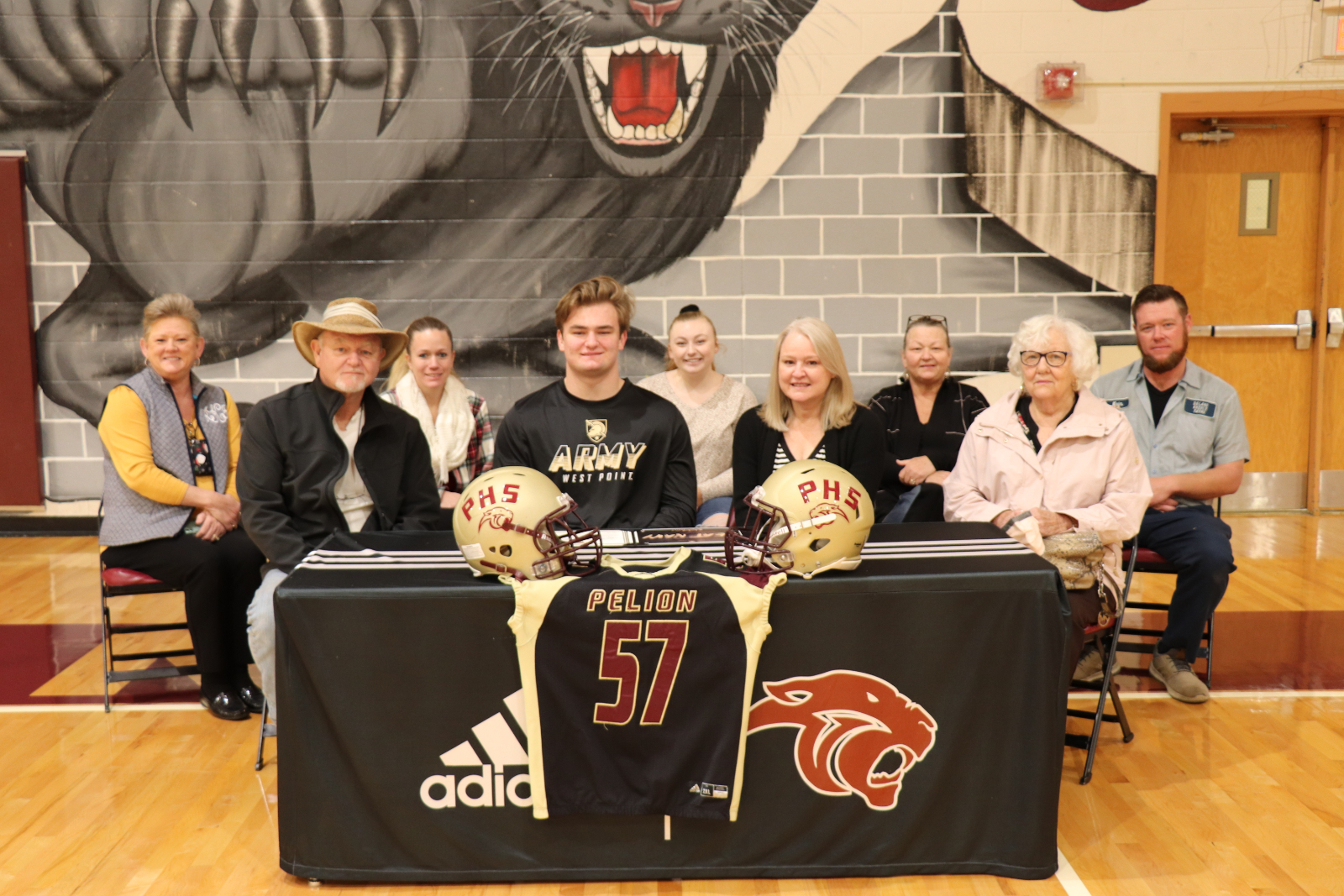 Jeffcoat Signs National Letter of Intent