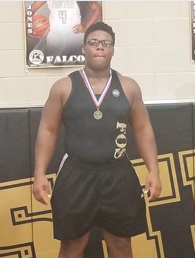 VOTE: Chidozie Nwankwo for the 2018 Boys Wrestler of the Year