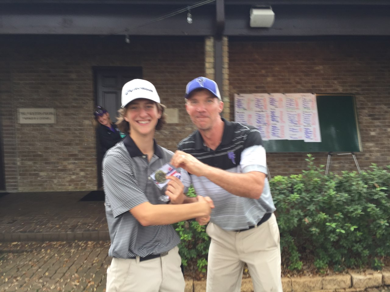 Foster Golf Team Places 3rd Overall at Weston Lakes Golf Tournament: Wills takes 1st Place Individual Trophy