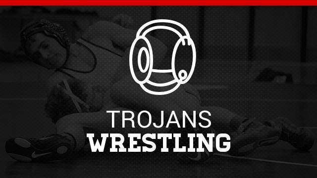 Calvillo, Carr qualify for state wrestling tournament