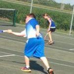 Jr. High Tennis Splits with Tri High
