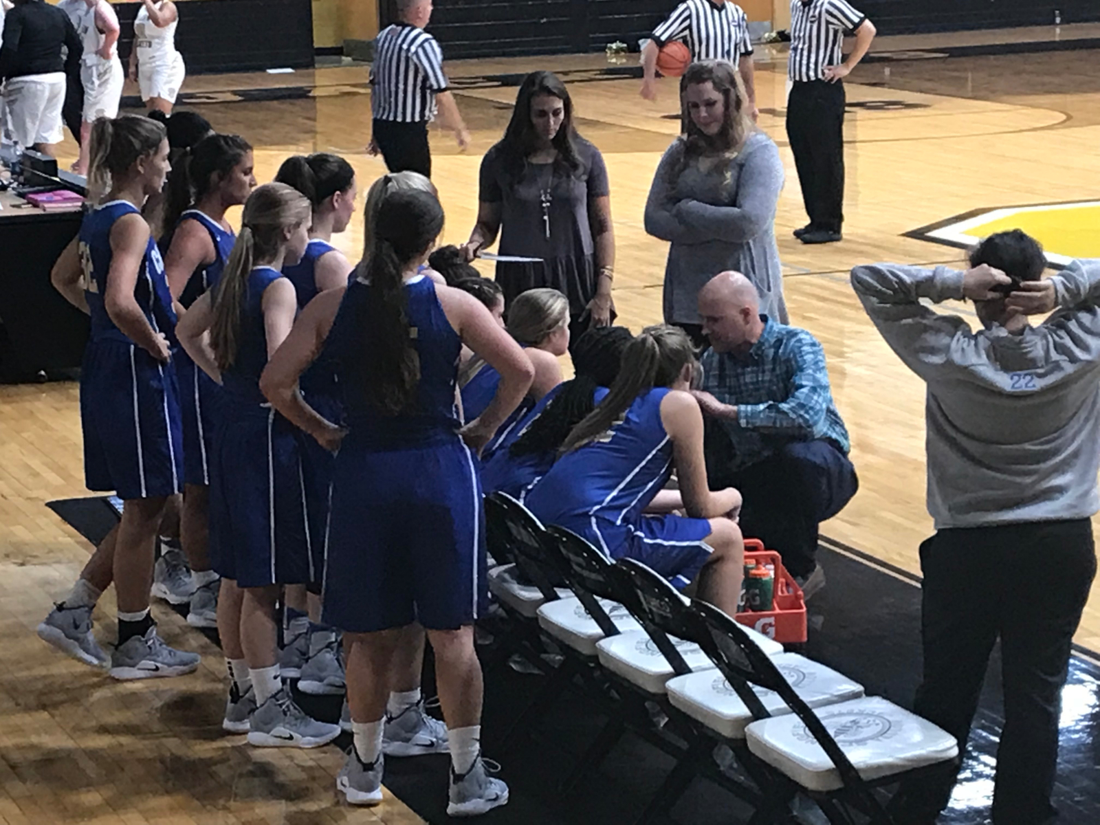 Winter–Girls Basketball–Lady Cats Wins Opening Game with 61-28 victory over Springfield