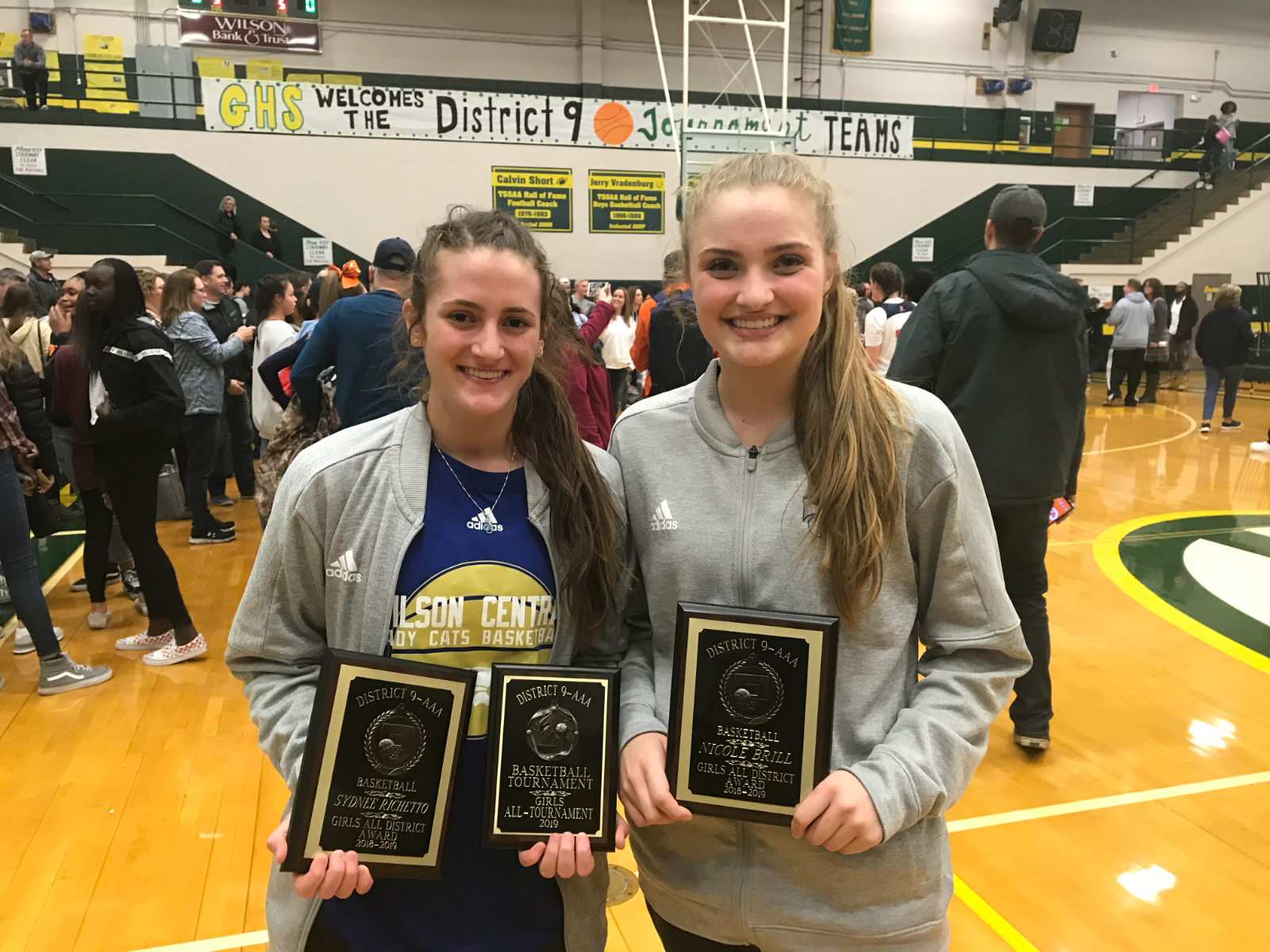 Winter–Basketball–Nicole Brill, Sydnee Richetto and Daniel Jackson Named All-District Team for 2018-19