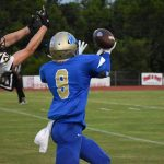 Fall–Football–Wildcats Fend off Yellow Jackets in 37-7 Victory