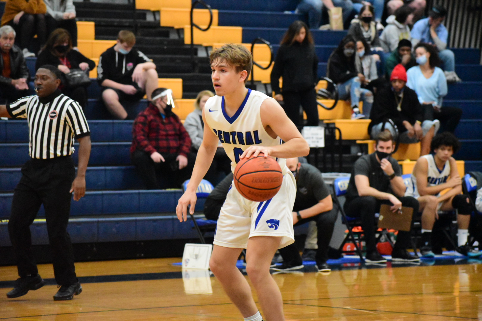 Winter–Boys Basketball–Wildcats Dominate Portland 69-35
