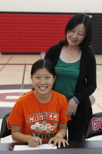 Girls Track Signings