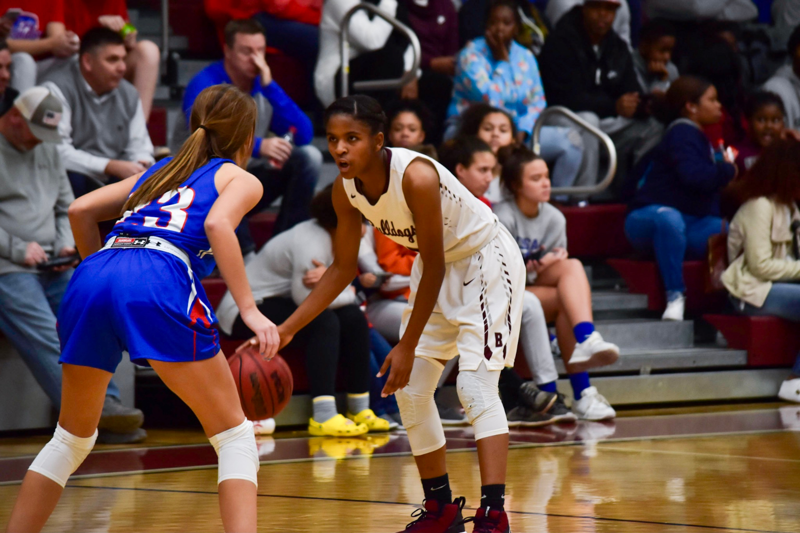 Lady Bulldogs' experience carries them to region championship, one win from state