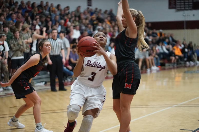 Lady Bulldogs meet Farragut for third time this season, this time in an elimination game