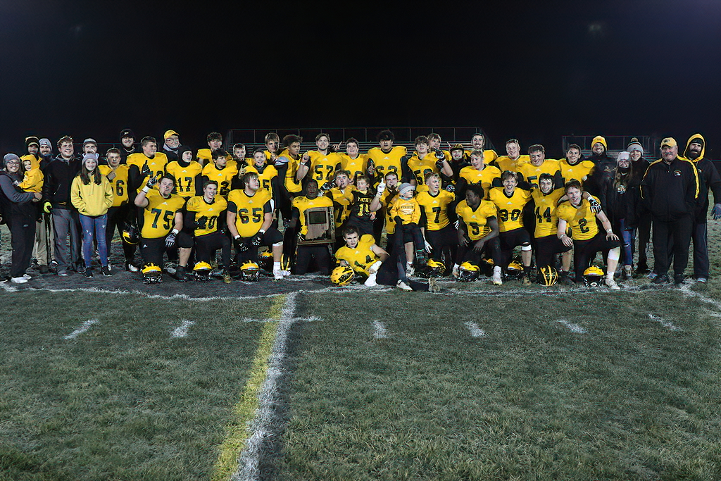 Pioneer Panthers Earn 2020 IHSAA Football Class 2A Regional Championship