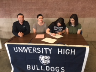 Aracely Hernandez signs with Chadron State College