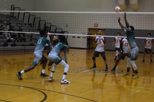Varsity Volleyball: Evans vs East River [April 9, 2019]