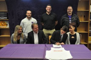 Alex Wims signs with Milligan College to run Cross Country