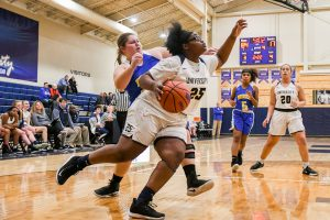 Photo Gallery – Muncie Burris at University – Girls Varsity Basketball