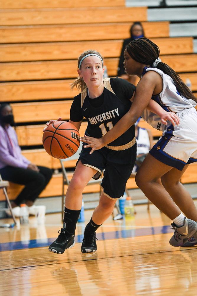 Photo Gallery –  JV Girls Basketball @ Shortridge