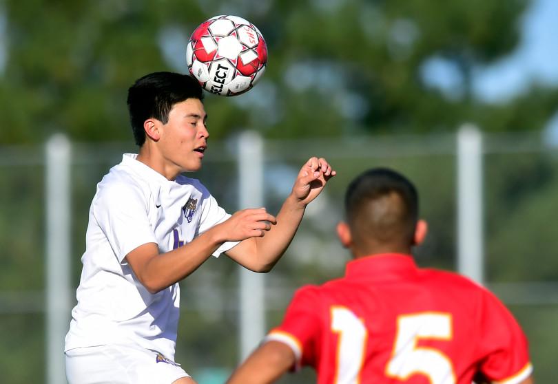 Boys soccer: Tigers roll past Roosevelt