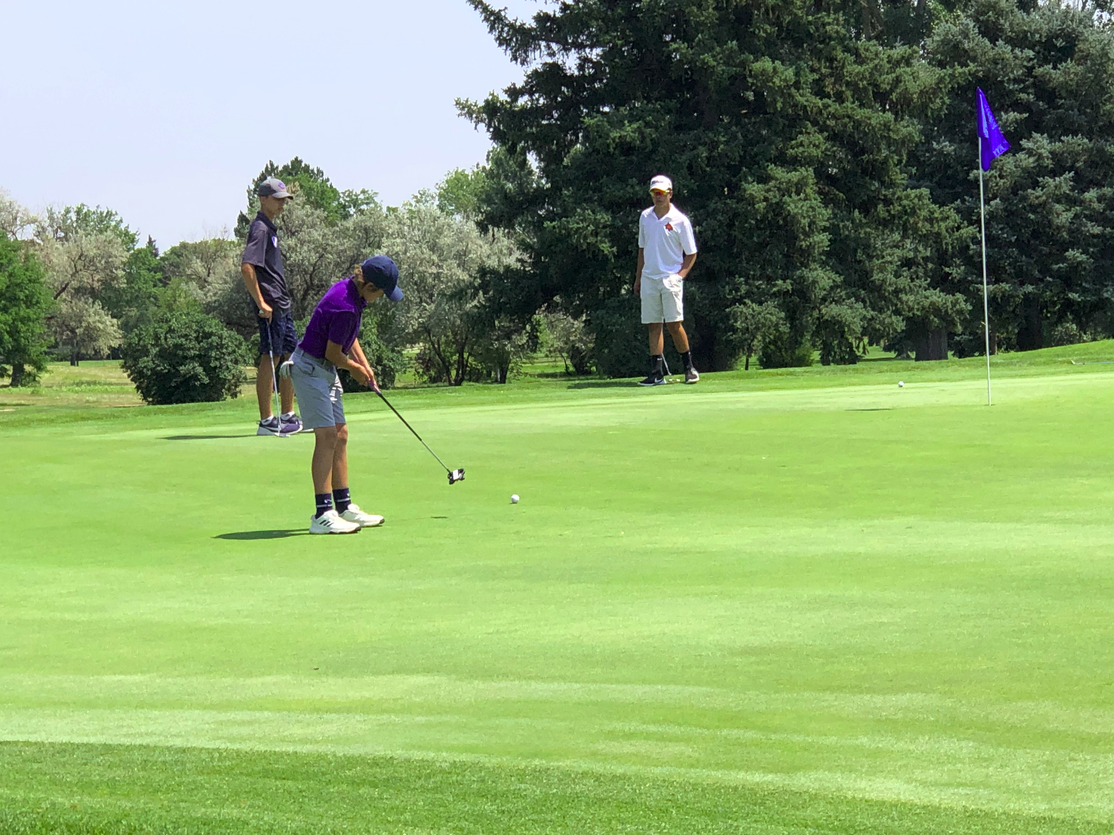 Boys golf: Tigers finish second in first tournament of the season