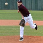Soph baseball earns doubleheader split