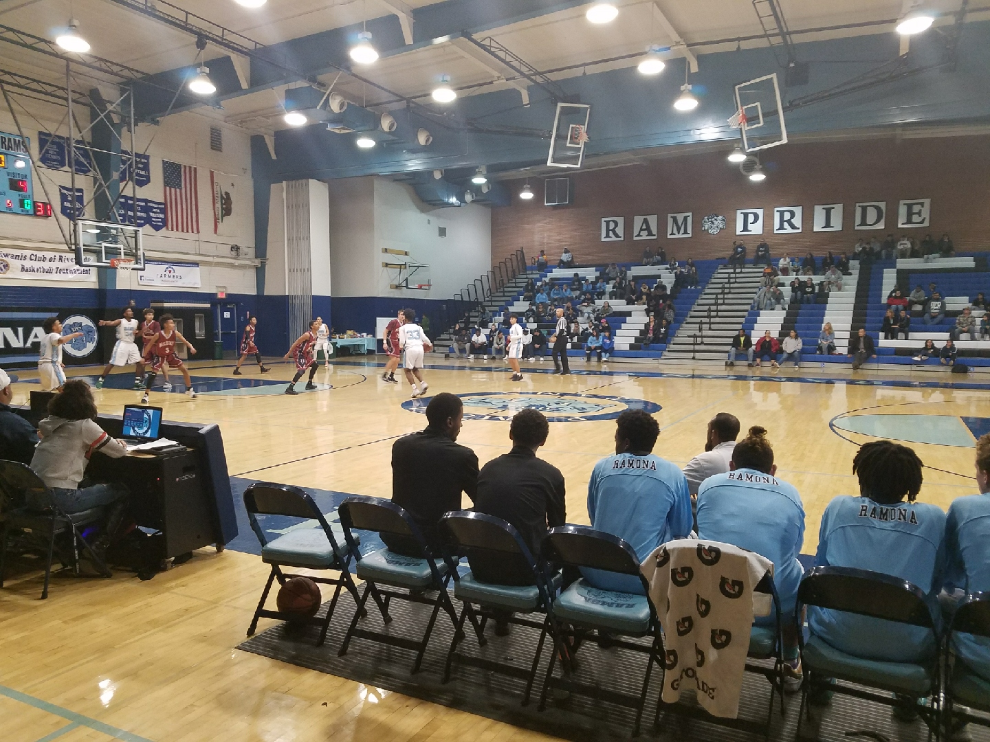 Boys Basketball loses to Paloma Valley in opening round of Kiwanis Tournament