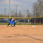 Softball: Bronchos Sweep Hot Dogs