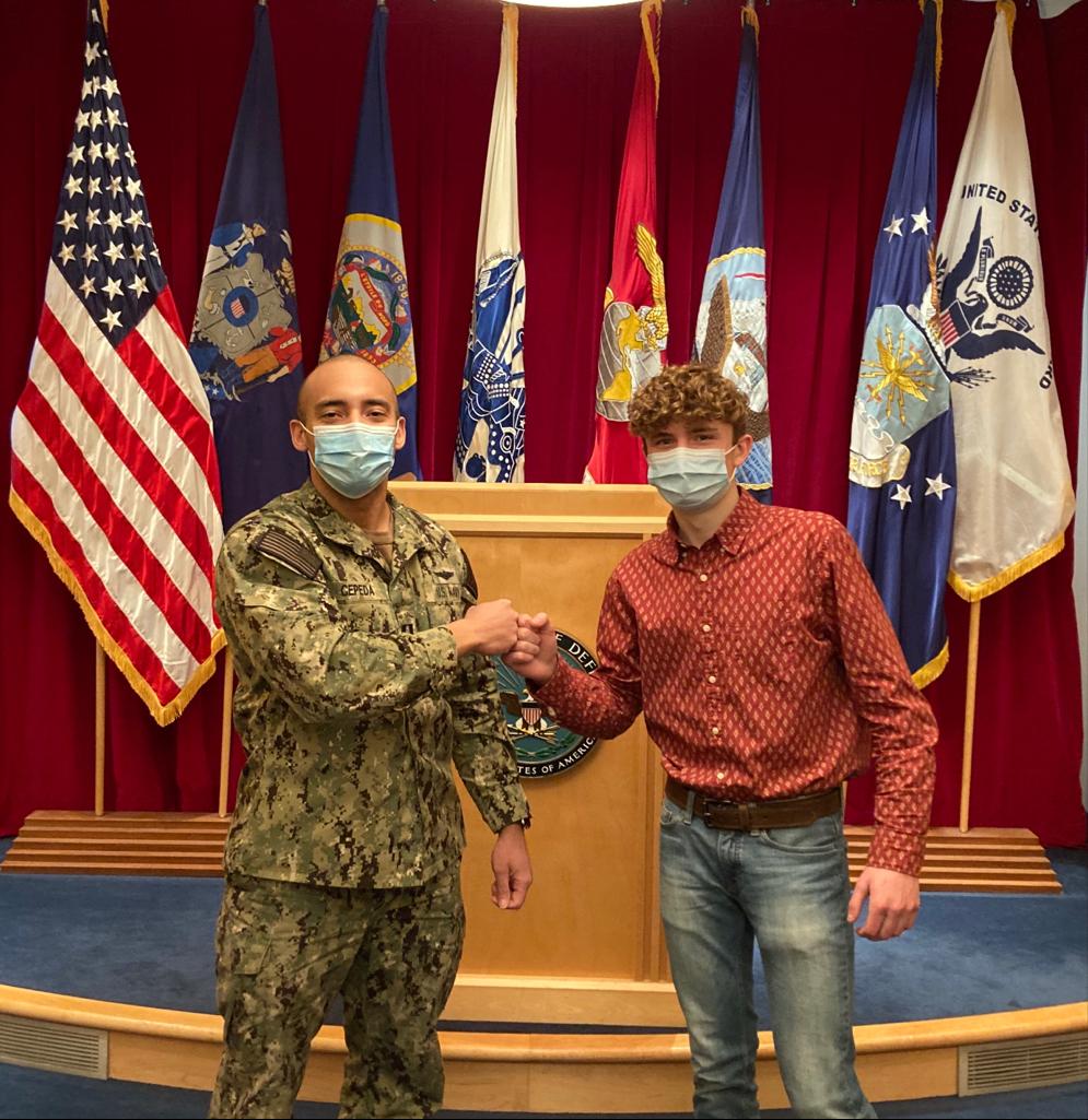 Paul Warmka enlists into MN Army National Guard!