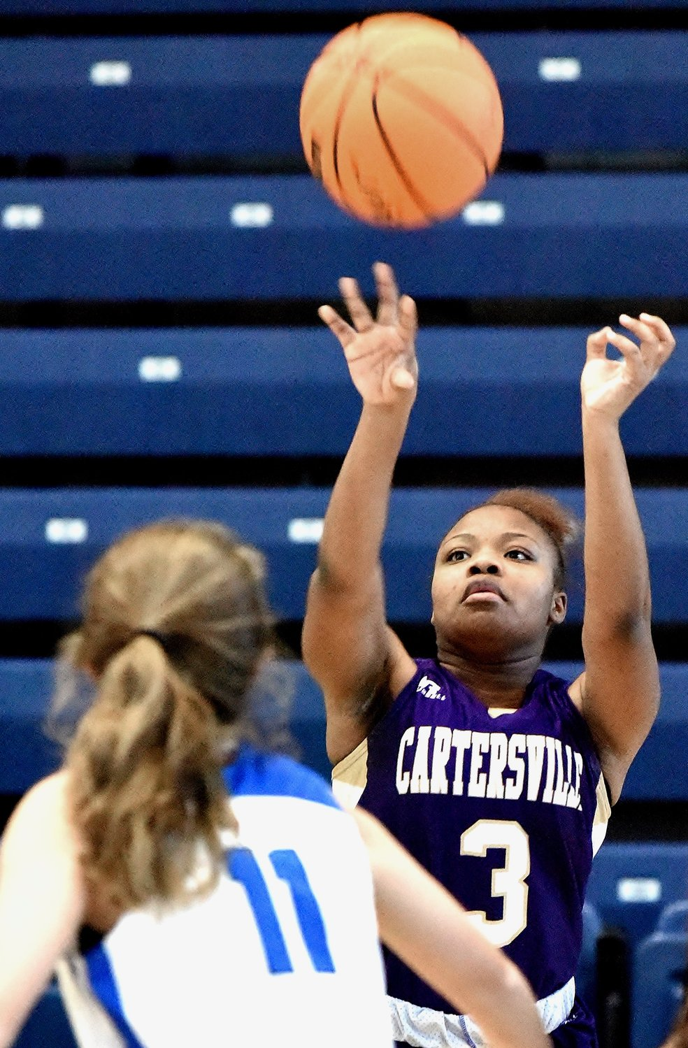 Lady Canes defeat Model with fourth-quarter run