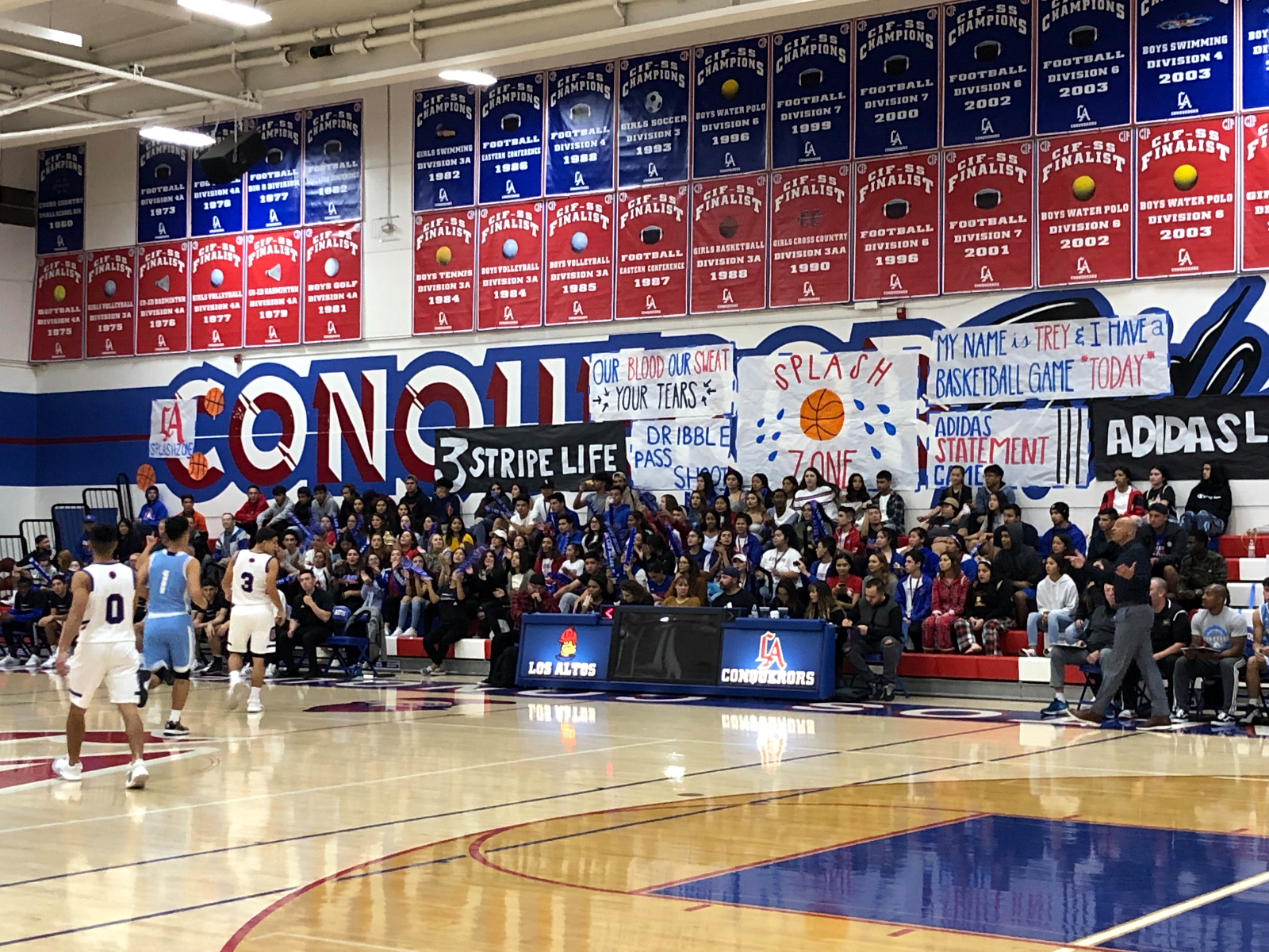 Los Altos Splash Zone Ranked as One of the Top Student Sections