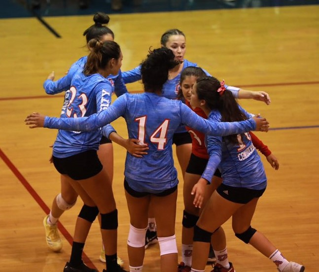 Girls Volleyball Goes 3-0, but Still Have Work To Do